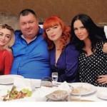 Виктория Романец пожадничала устроить праздничный ужин своей маме-имениннице